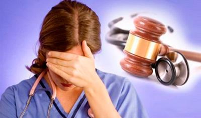 С какого момента может адвокат приступать к защите подсудимого